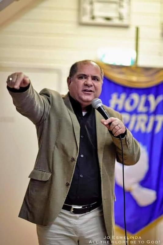 Pastor Eduardo 1 534x800 - Quem Somos?